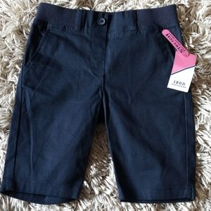 Girls Izod Uniform Shorts/Bermuda.